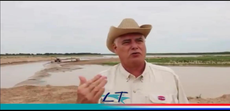 El ministro Arnoldo Wiens visitó hoy la nueva embocadura denominada «Canal Meyer» del río Pilcomayo.